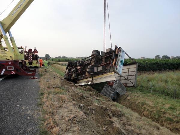 Assistenza-stradale-soccorso-mezzi-pesanti-forli-cesenatico